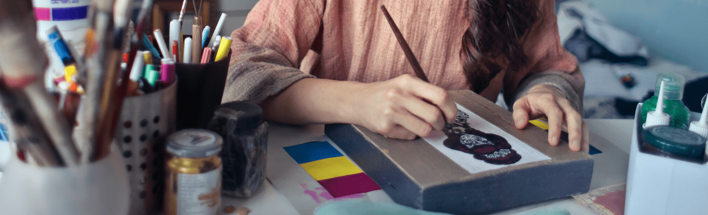 Who Uses Art Therapy?